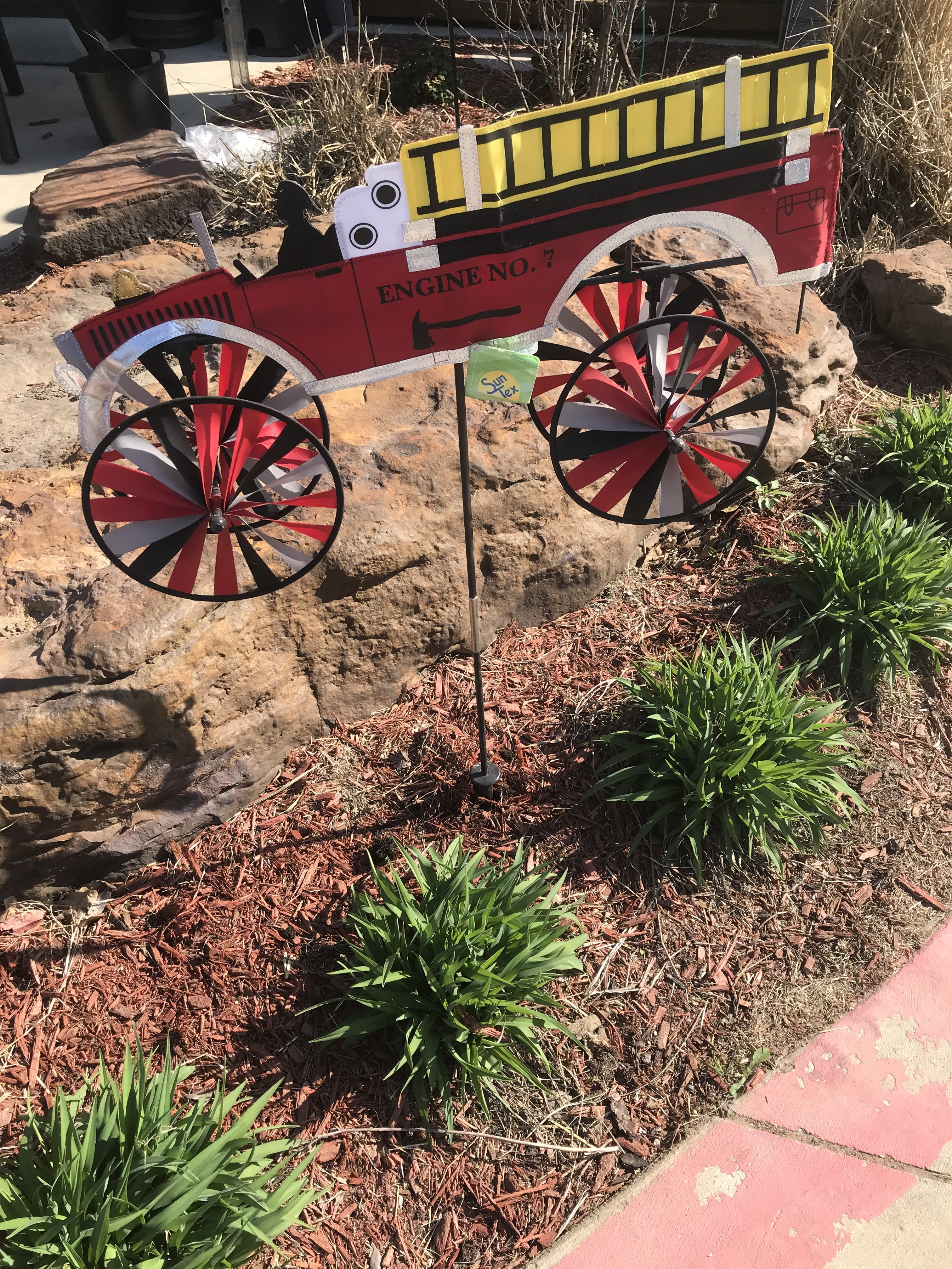 Wind Spinners and Whirligigs April Special :: Argyle Feed Store